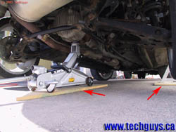 Www Techguys Ca How To Jack Up A Vehicle Using A Floor Jack
